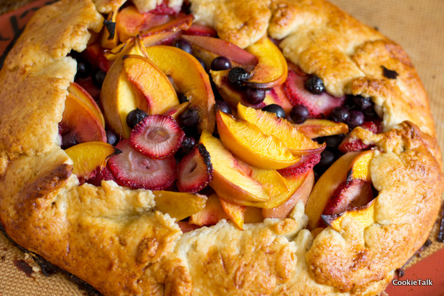 Fruit Crostata (Galette aka Free Form Tart) | Cookie Talk